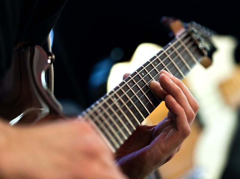Live music at CIELO Restaurant throughout the month